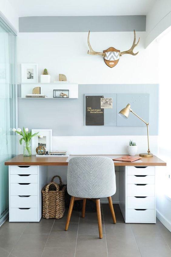 escritorio con cajoneras para decorar el despacho